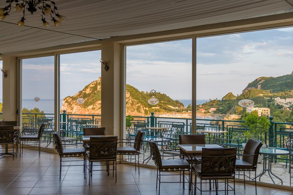 main-bar-terrace_2