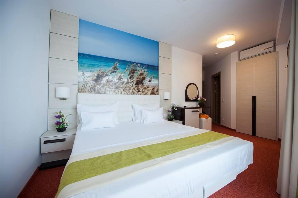 hotel-room-11.jpg.1024x0